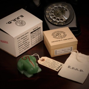 Frog-with-packaging_2-web (2)